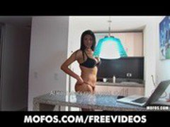 Busty big-booty Latina makes an amateur sex tape