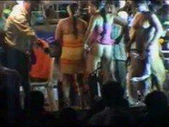 Andhra   Dance 3 , గుడ్డల్లేకుడా  గంతులు