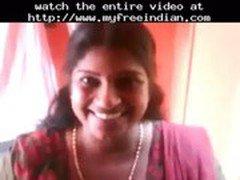 Smart Desi Kerala Aunty Show Her Huge Boobs  indian desi indian cumshots arab